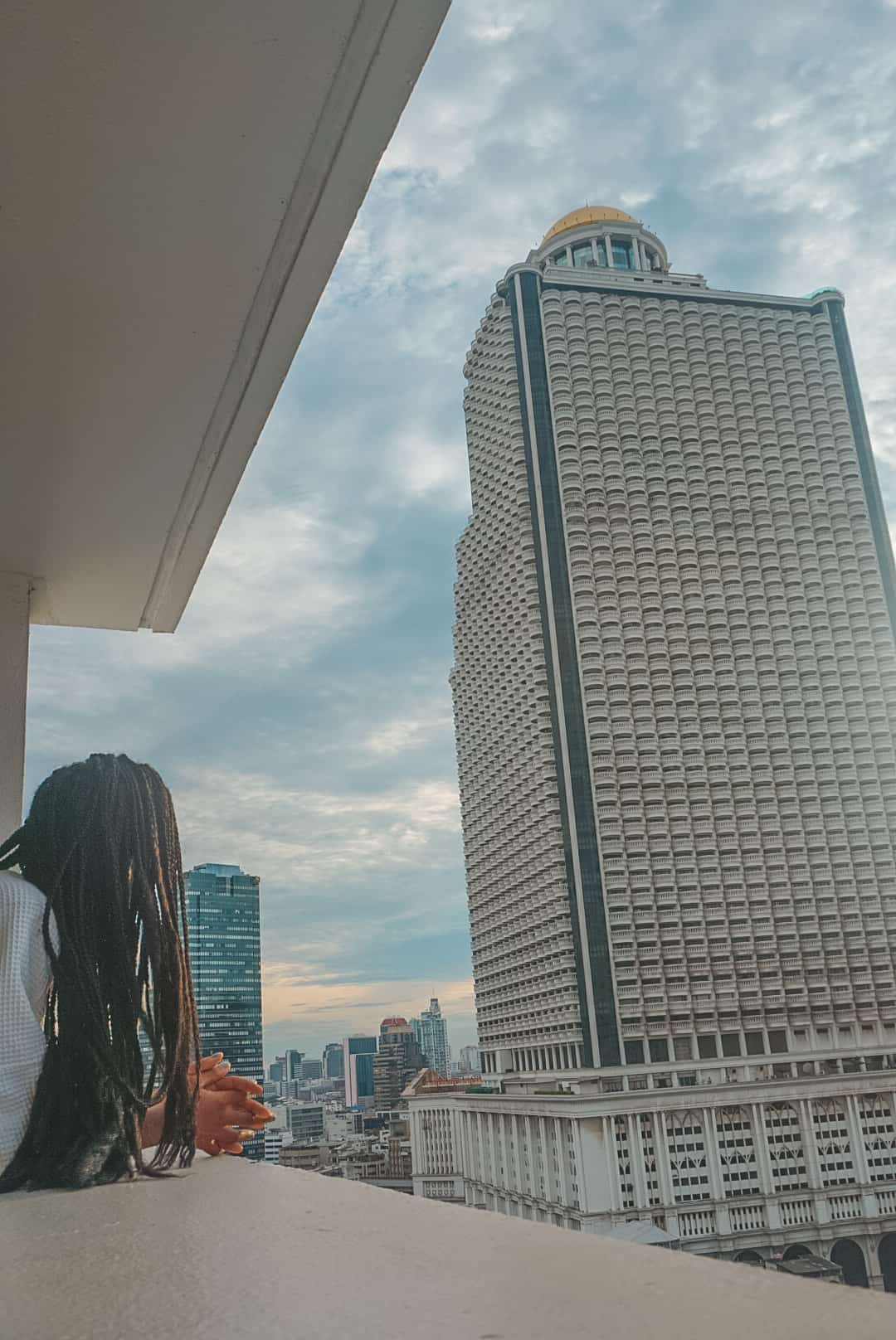 centre point hotel salom balcony