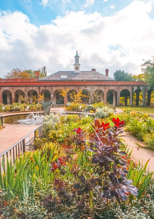 5 Best Things to do in Holland Park, London (+ Map!)