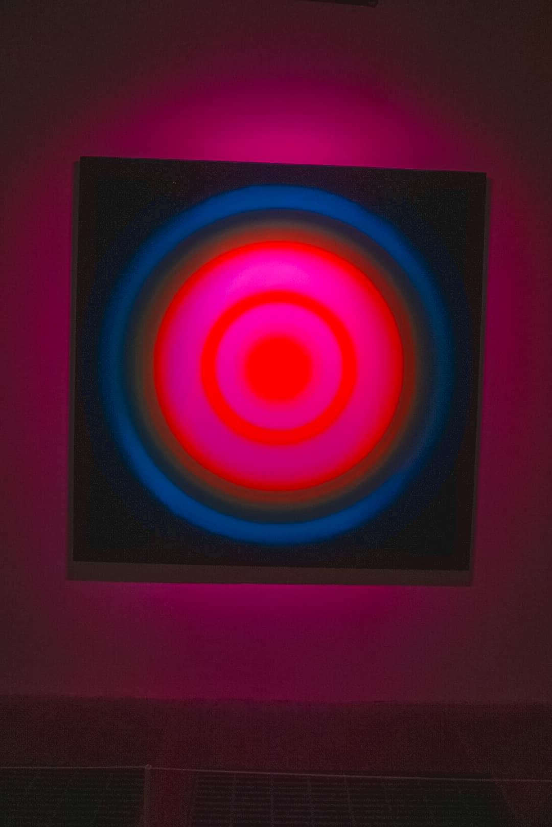 Art-Tunnel-Light-at-Tate-Modern