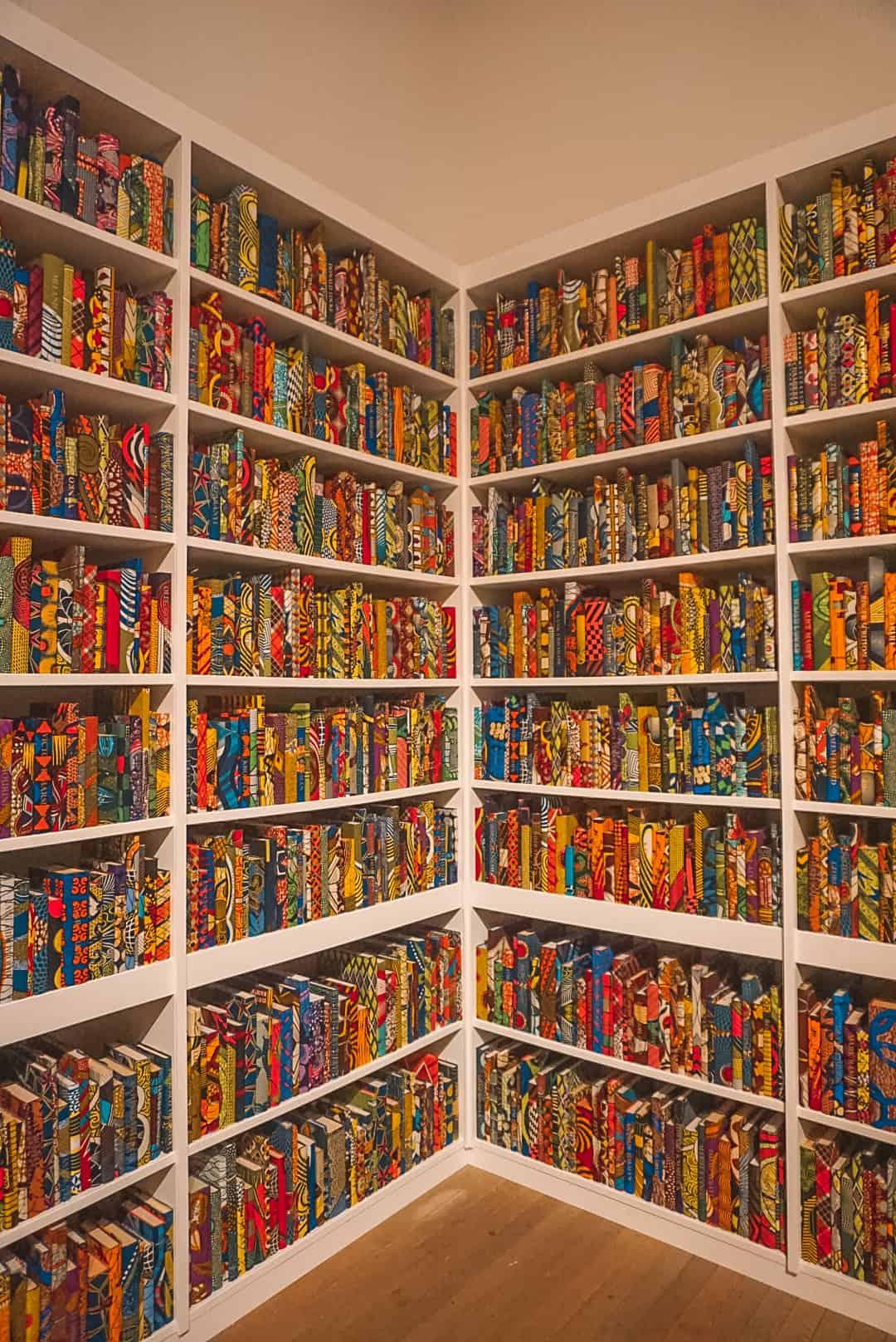 Bookcase-at-Tate-Modern