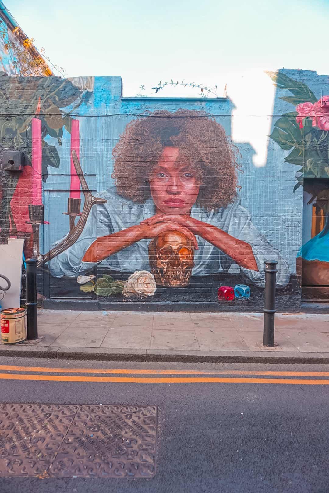 Crow-Street-Art-in-Shoreditch