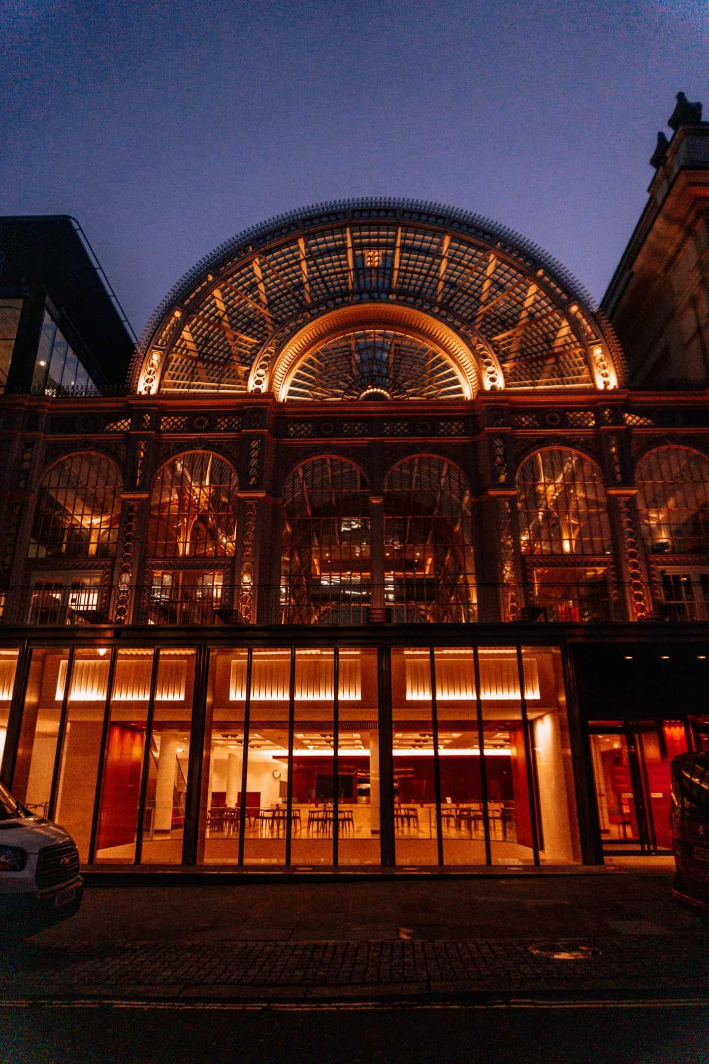 Royal-Opera-Hall