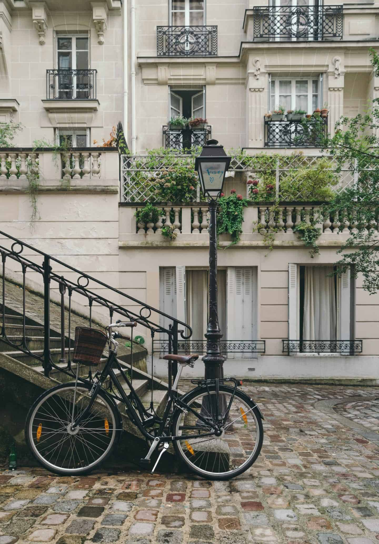 Move to Europe Picture of Paris Bicycle
