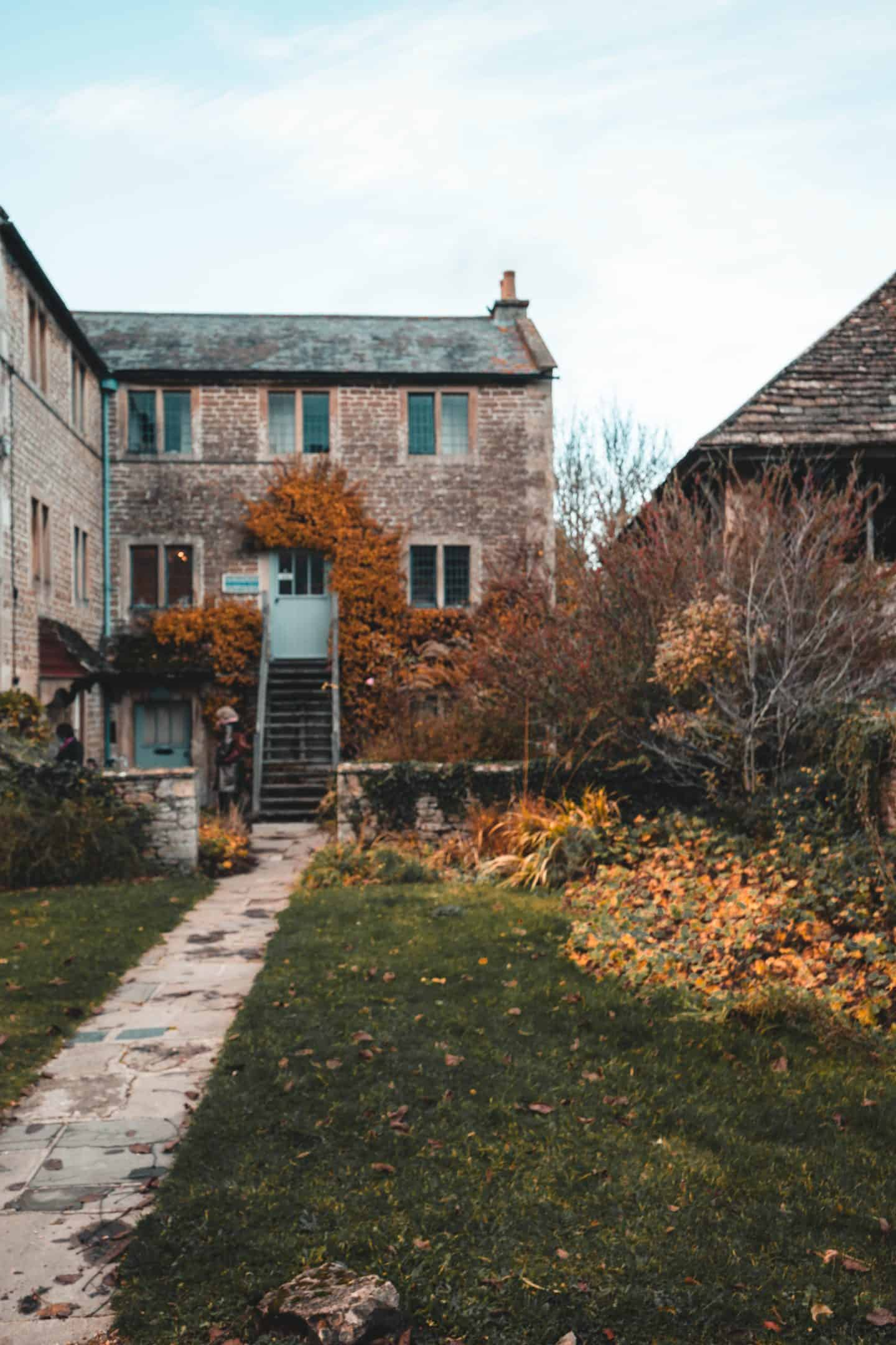 Things to in Lacock: Village House History