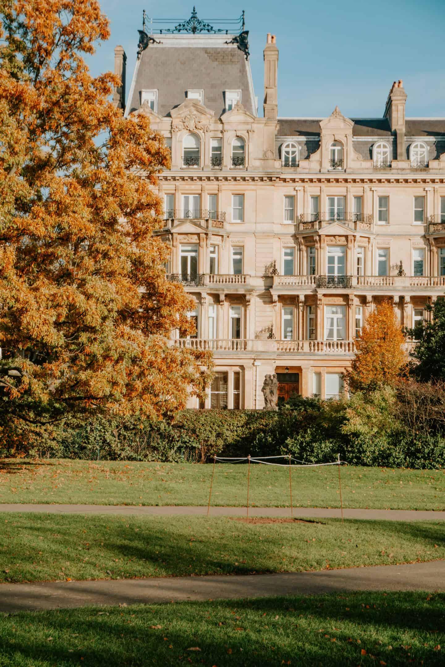Autumn Day in London