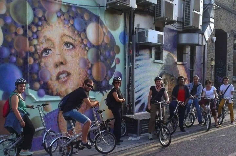 Street-Art-Tour-Shoreditch-UK-