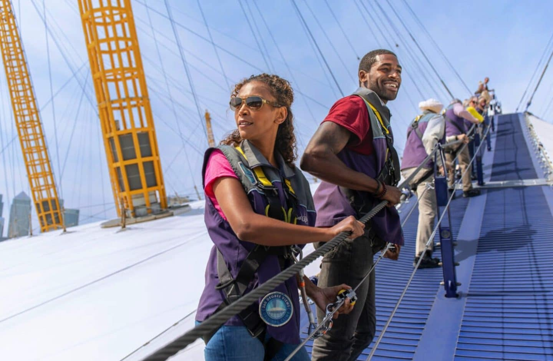 Climb-up-at-the-o2-london-gift-experience
