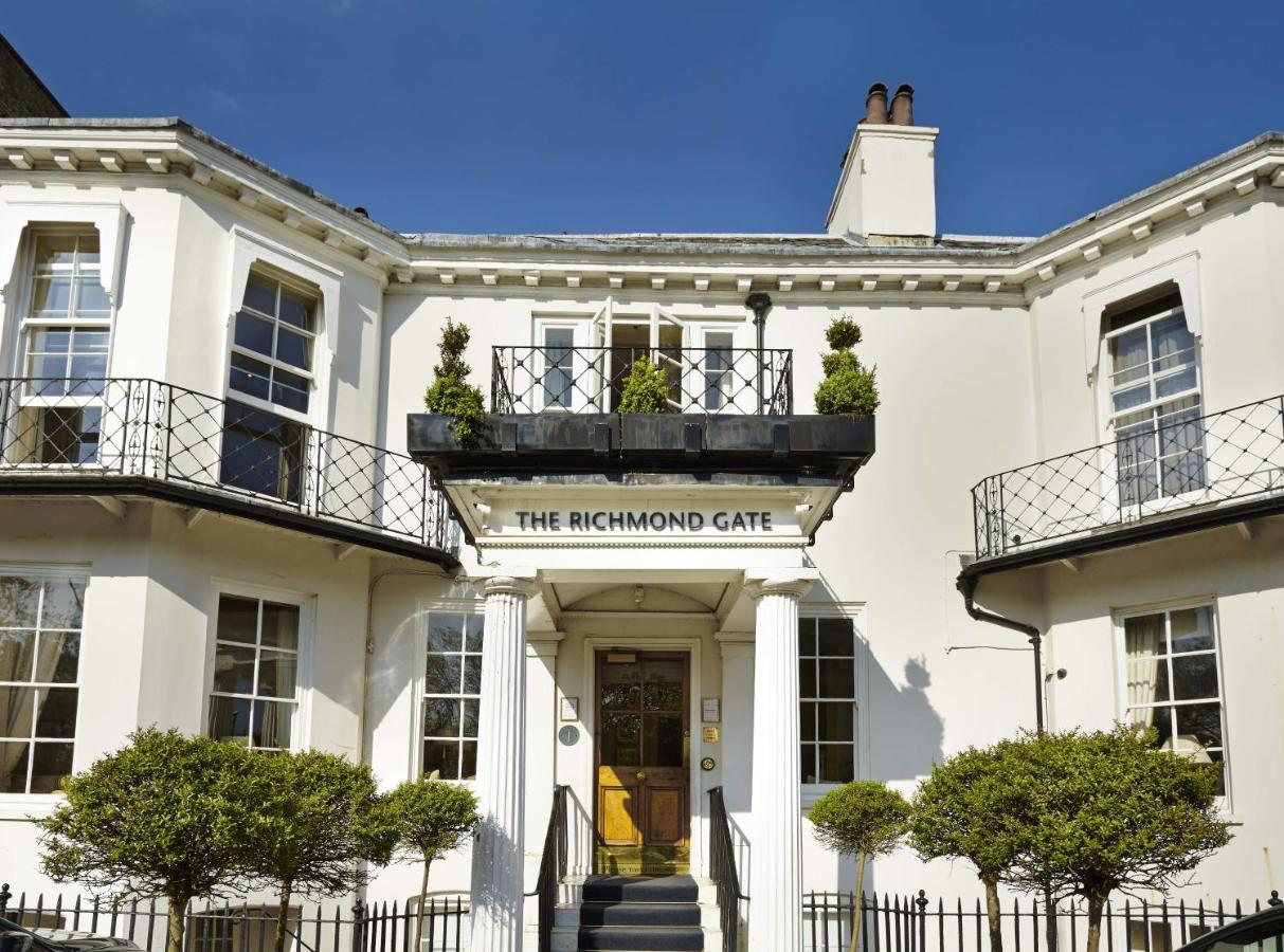 Richmond-harbour-hotel-and-spa-london